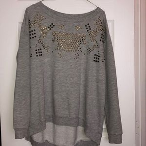 Gray crew neck sweatshirt with gold studs